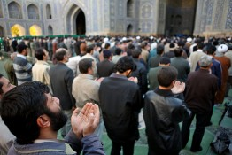 ISFAHAN, IRAN - NOVEMBER 30, 2007: Muslim Friday mass prayer in