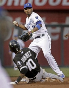 Guthrie strong in Royals' 3-1 win over White Sox