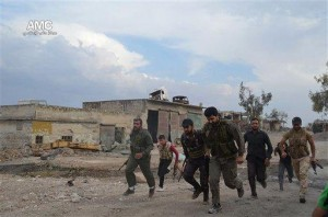 Al-Qaida splinter group encircles Syrian city