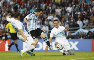 Alvarez, Messi score as Argentina beats Slovenia