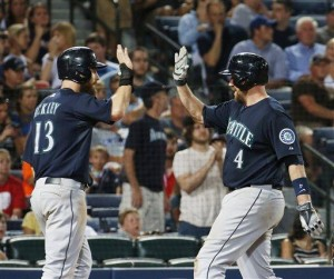 Buck's 2-run HR powers Seattle past Atlanta 7-5