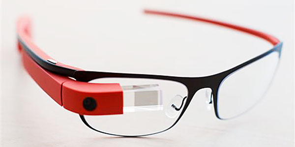 feature-iamge-augmented-reality-glasses-ed-tech