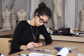 fashion designer - Fashion Designer Education And Training